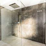 Badezimmer designes by Hussein Heizung & Sanitär