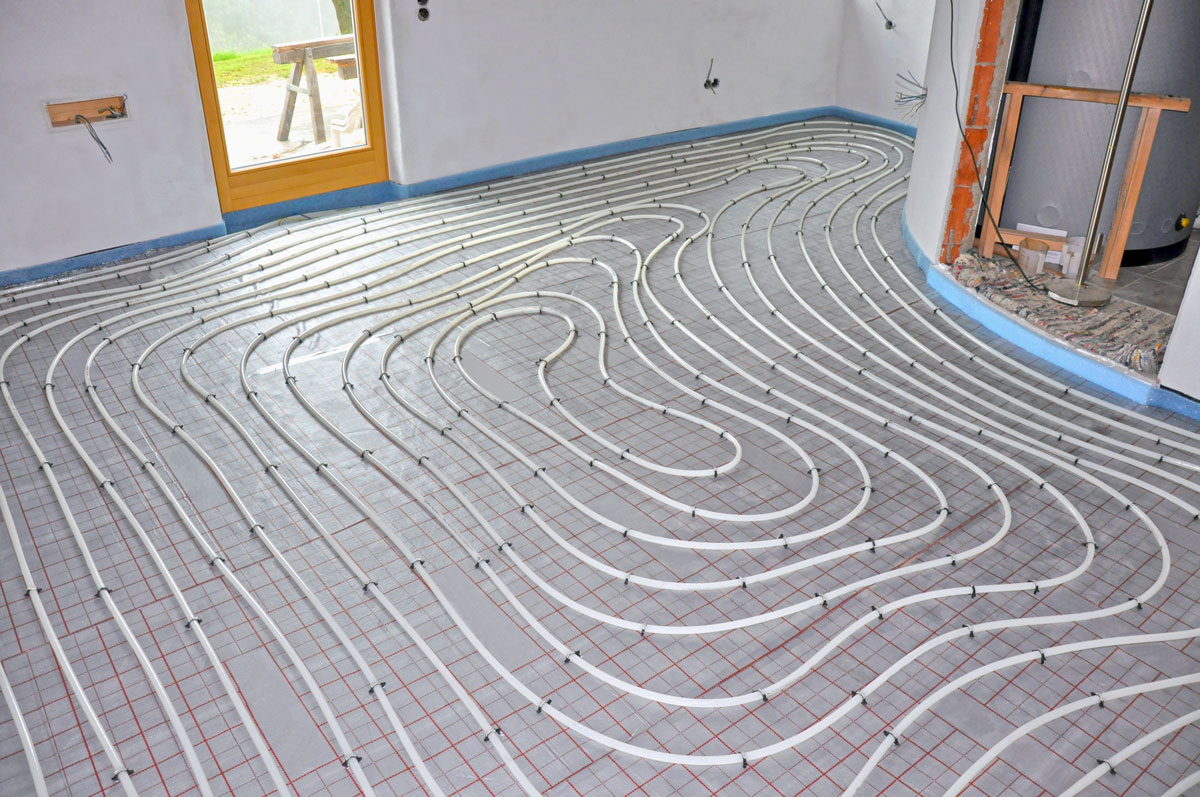 Beim Verlegen einer Fußbodenheizung